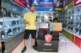 Khách hàng mua laptop asus gaming