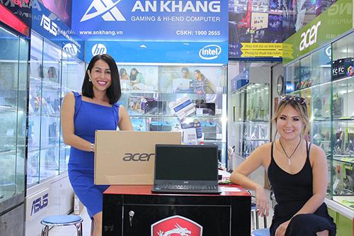 Album khách hàng mua laptop Acer tại An Khang Computer