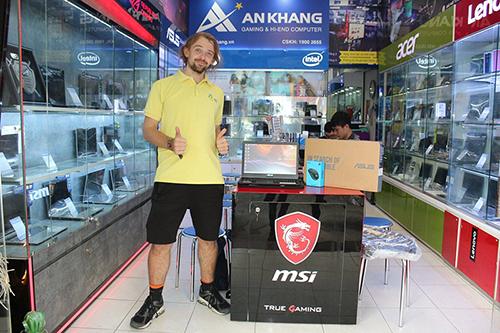 Album khách hàng mua laptop Asus Gaming tại An Khang