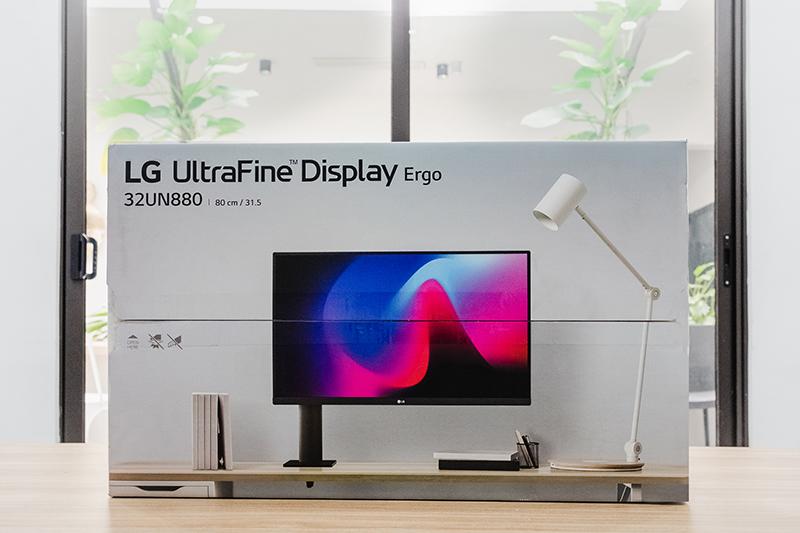 Màn hình Game LG 32UN880-B 32inch UltraFine 4K HDR10